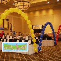 Link Balloon Arch | Up, Up & Away!